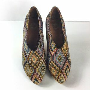 {Anthropologie} Lucky Penny Diana Fab Wedge Size 7